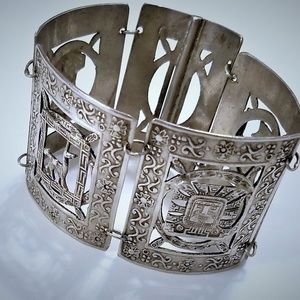 Inca 950 Silver Peru 19th C Story Bracelet